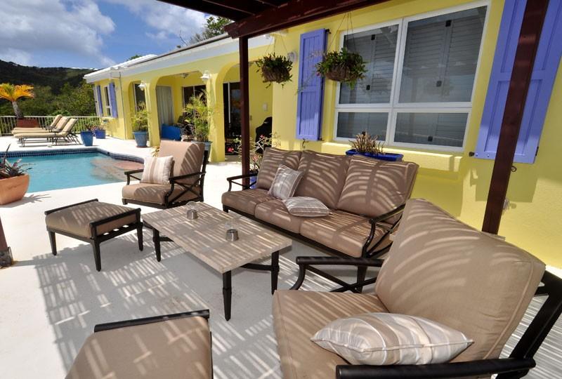 St John rental villa, Daffodil Villa cabana seating