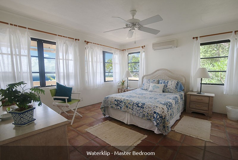 Waterklip Villa master bedroom
