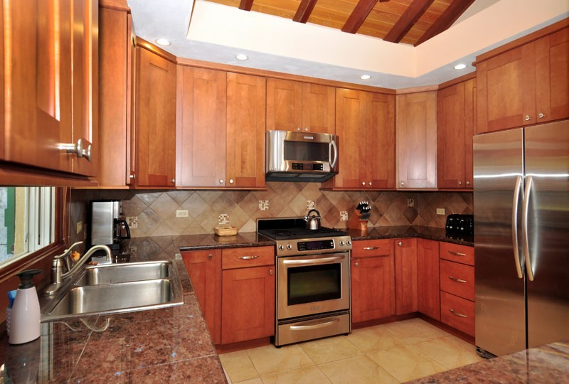 St John rental Villa Madeira - kitchen