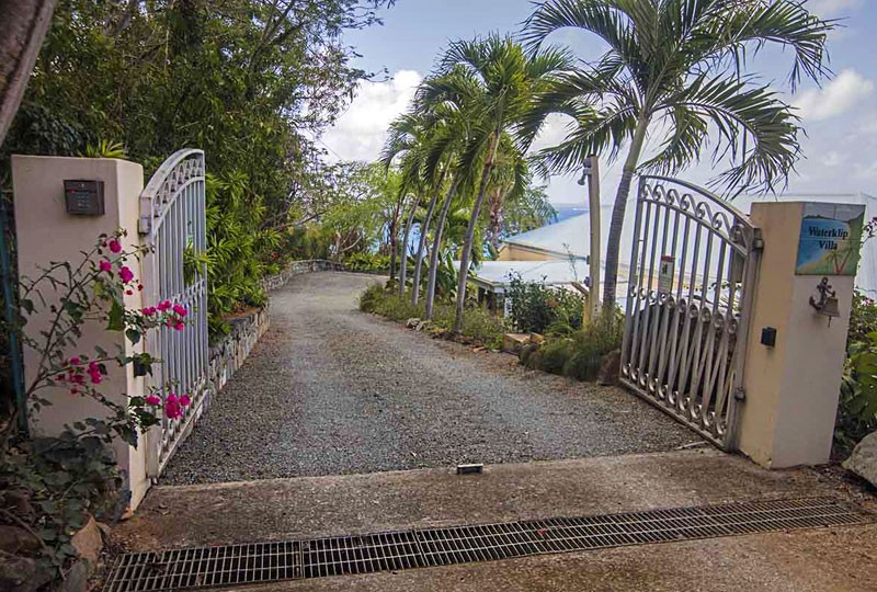Waterklip rental villa front gate entrance