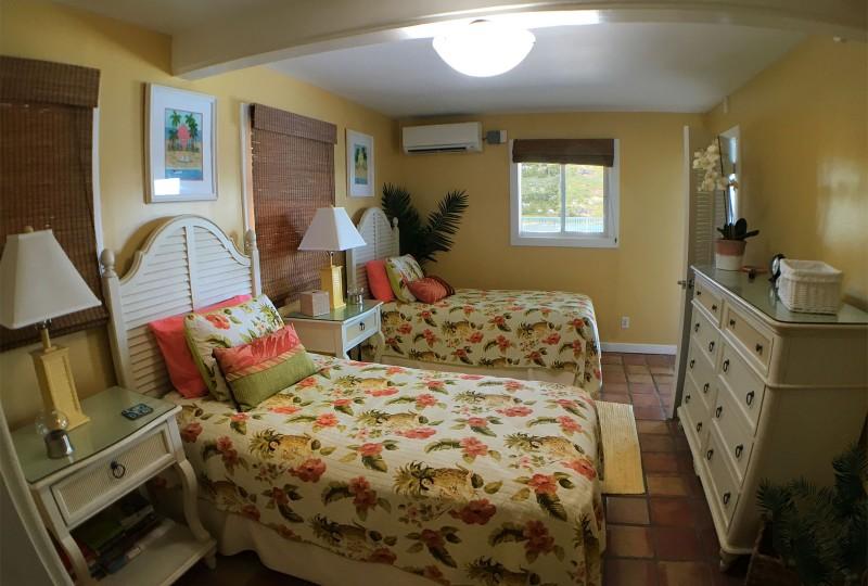 Rendezview Villa, St John lower level Twin Bedroom