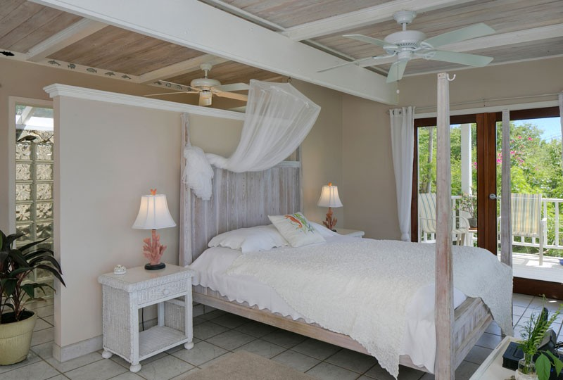 Sea Dream Villa, St John white bedroom