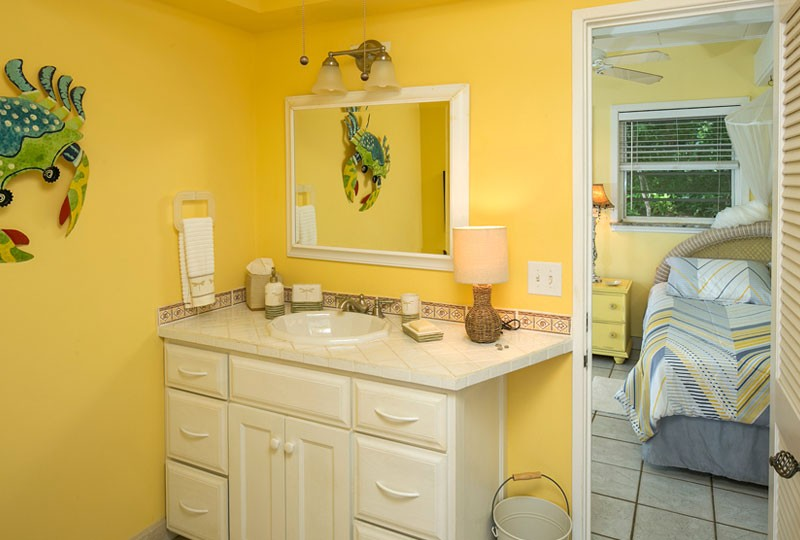 Sea Dream Villa, St John bright yellow bath