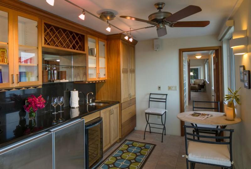 Great Escape villa gourmet kitchen