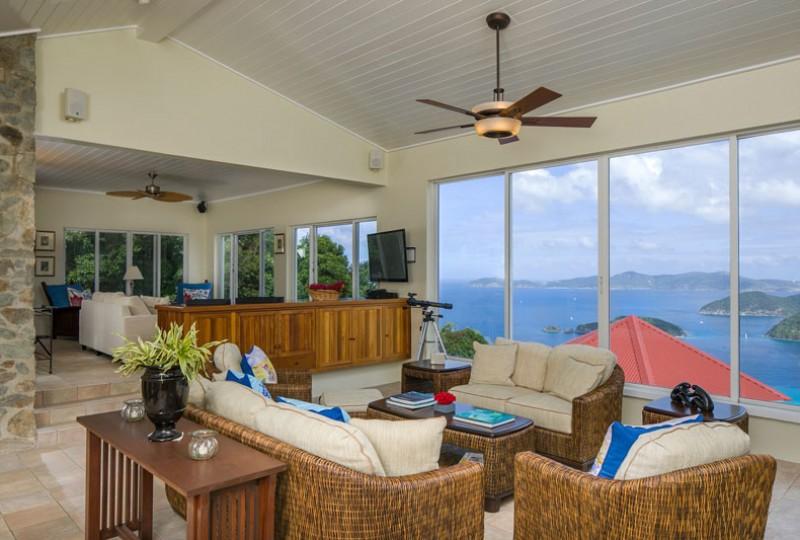 Great Escape villa great room view